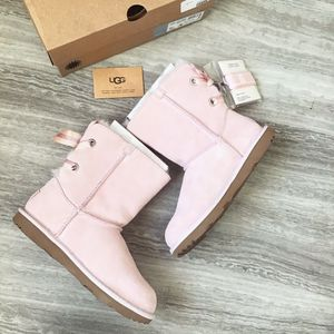 UGG Customizable Bailey Bow Back Boots - Big Kid 4, 5 for Sale for sale  Westminster, CA