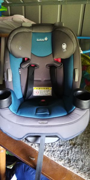 Toddler car seat expires 2023 for Sale in Colorado Springs, CO