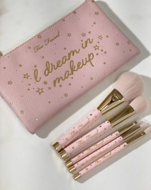 Too Faced Makeup Brush Set for Sale in National City, CA