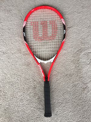Wilson tennis racket with 10 tennis balls for Sale in Secaucus, NJ
