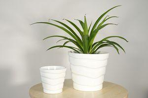 5 inch Ceramic Planter Pot Indoor Home Decor Outdoor Flower Garden Plant White NEW for Sale in Garfield, NJ