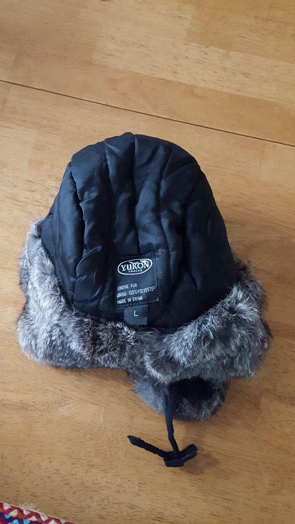 Black Yukon Tracks Winter Hat in Adult Large
