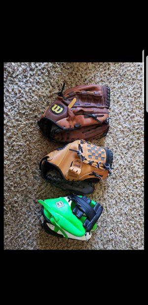 baseball glove for children for Sale in McKinney, TX