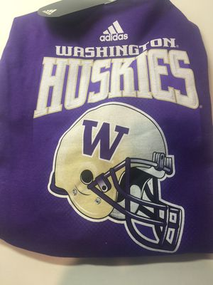 Washington Huskies T-shirt for Sale in Seattle, WA