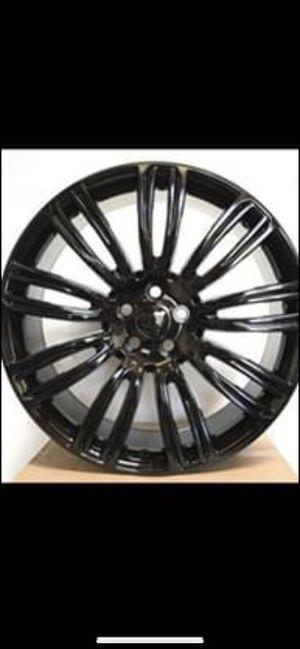 "Range Rover 22"" new blk sport rims tires set for Sale in Hayward, CA"
