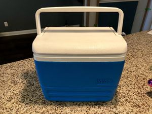 Mini Igloo Brand Cooler for Sale in Lakewood, CO