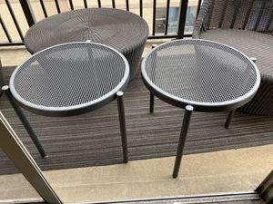 Round black mesh side table for Sale in Washington, DC