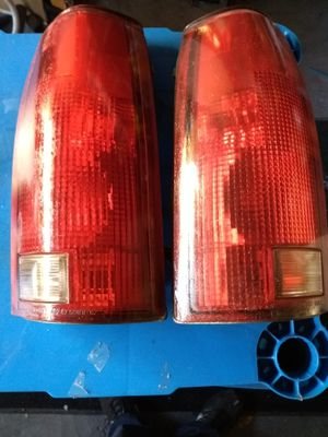 88-98 CHEVY GMC LIGHTS for Sale in South Gate, CA