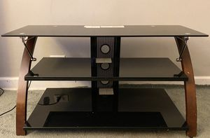 Tv stand Length 41 and width 16 for Sale in Aurora, IL