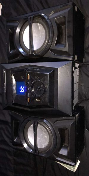 Blackweb Bluetooth Audio Receiver with speakers for Sale in Gulfport, FL