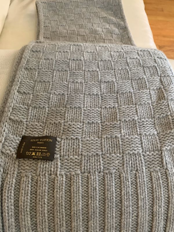 Louis Vuitton Knit Scarf