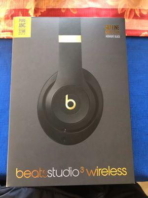 Wireless headphones for Sale in Washington, DC