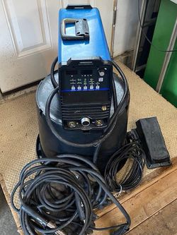 Miller Maxstar 200 Tig Welder With Automatic Welding Hood And Argon Tank With Gauges for Sale in Vancouver,  WA
