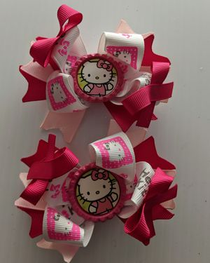 Hello Kitty hair bow for Sale in Spring, TX