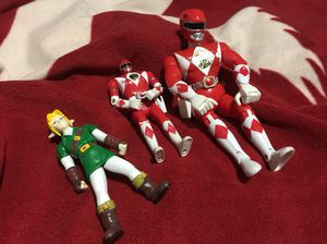1993 Power rangers action figures, and that one toy on the left. for Sale in Chicago, IL