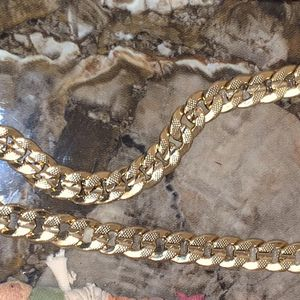 18k Gold Chain W/pendant for Sale in Washington, DC