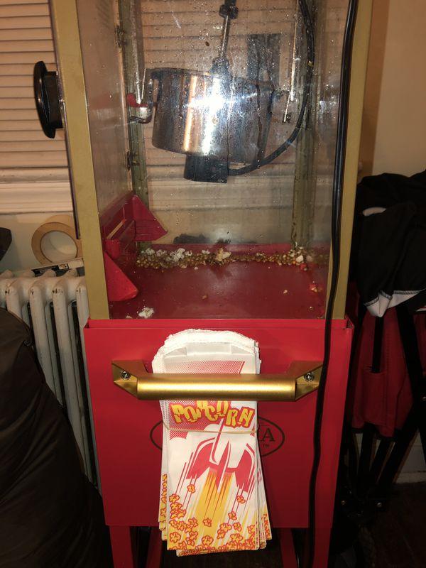 Nostalgia electrics Popcorn Machine