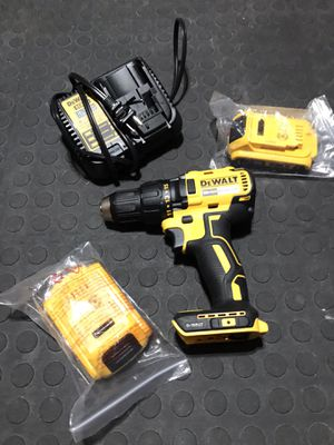 New Dewalt Drill , batteries and charger for Sale in Orlando, FL