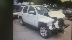 2011 GMC Yukon, FOR PARTS ONLY for Sale in Miami, FL