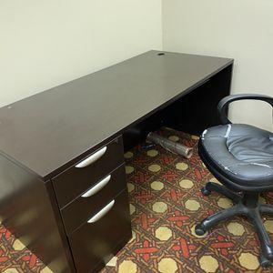 Desk for Sale in Princeton, IN
