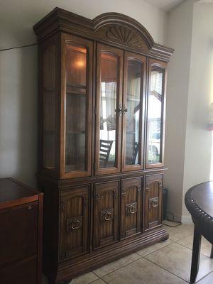 NEW Hutch, vitrina, Lights, Elegant, Fancy, Sofisticated Value $800+ only 195!!!, biblioteca, estante, bookshelves for Sale in Davenport, FL