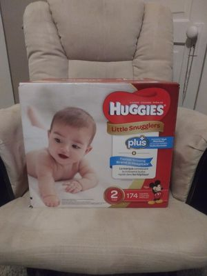 Huggies size 2 for Sale in Cleveland, OH
