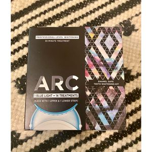 Blue Light Teeth Whitening Kit (brand new) for Sale in Los Angeles, CA