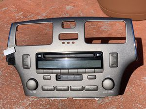 Lexus Premium Sound System: Cassette Works, CD stopped working a month prior to removal for Sale in Chula Vista, CA
