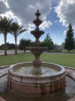 Water fountain for Sale in Fresno, CA