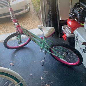 Girls Bike - Broken Pedal for Sale in Kenner, LA