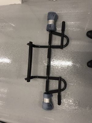 Door hanging Pull up bar for Sale in Miami, FL