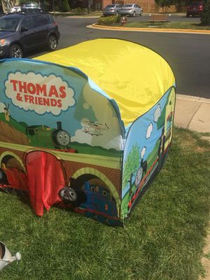 Thomas & friend tent (collapsable) .good condition no tears or damage for Sale in Burke, VA