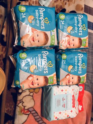 Pampers baby dry size 4 and 3 packs wipes for Sale in Bellflower, CA