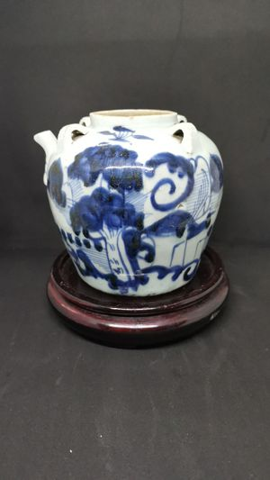 Chinese antique blue and white jar for Sale in Winston-Salem, NC