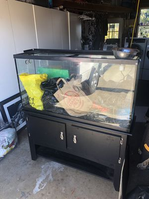 55 gallon tank with lights for lizards or filters for fish tanks for Sale in San Bruno, CA