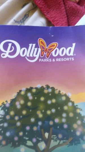 Dollywood Tickets $100 for 2 need gone ASAP!!! for Sale in Johnson City, TN