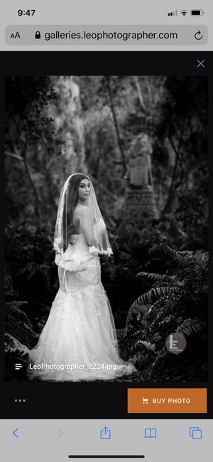 Promovías wedding dress with veil and removable shoulder straps for Sale in Coral Gables, FL