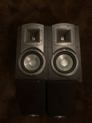 Klipsch bookshelf speakers for Sale in Cicero, IL