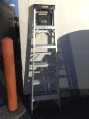 6ft Husky Aluminum ladder for Sale in St. Louis, MO
