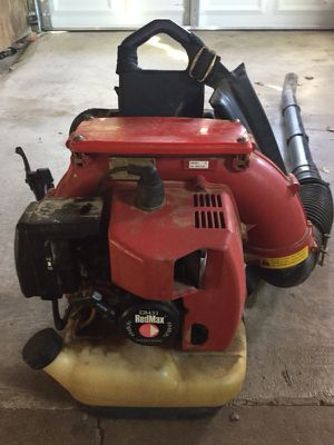 Red max leaf blower for Sale in UPPER ARLNGTN, OH