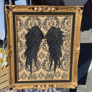 Custom wings picture for Sale in Rancho Cucamonga, CA