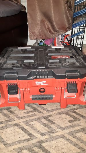 """Milwaukee PACKOUT 22"""" LARGE TOOL BOX for Sale in Nashua, NH"""