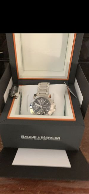 Baume $ mercier Watch original mint condition for Sale in New York, NY