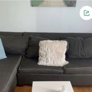 Curb 🚨 FREE Sectional couch with a Pull Out sleeper mattress for Sale in Waterbury, CT