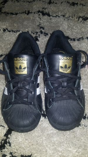 Adidas Toddler shoes size 11c for Sale in Livingston, CA