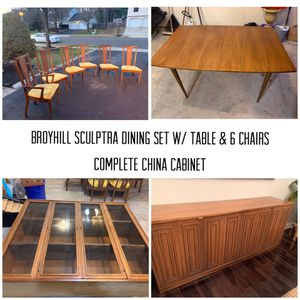 Broyhill Sculptra Dining Set (TABLE, chairs, CHINA CABINET) Mid-century Modern MCM for Sale in Old Bridge Township, NJ