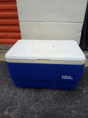 Cooler for Sale in Hyattsville, MD