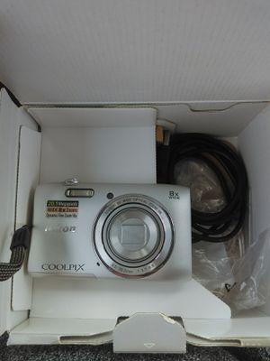 Nikon camera for Sale in Deatsville, AL