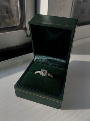 14k White Gold Diamond Ring for Sale in Chicago, IL