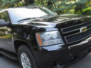 good condition Firm Prince $1800 2009 Chevrolet Tahoe for Sale in Dallas, TX